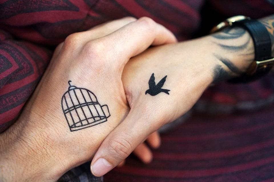 Tattoowierungen-auch-giftig