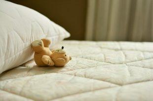 Matratze reinigen mit Hausmitteln